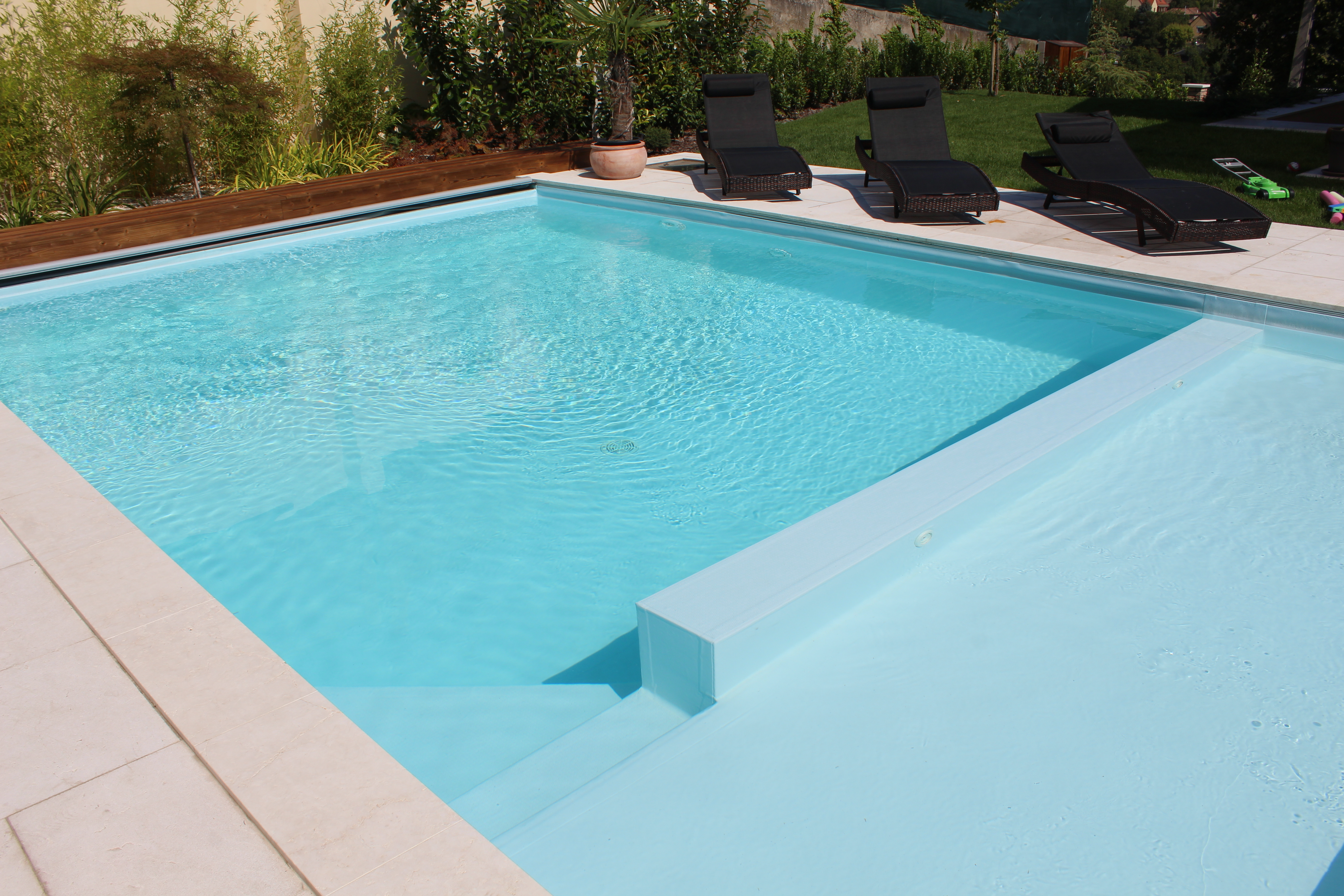 Recessed swimming pools